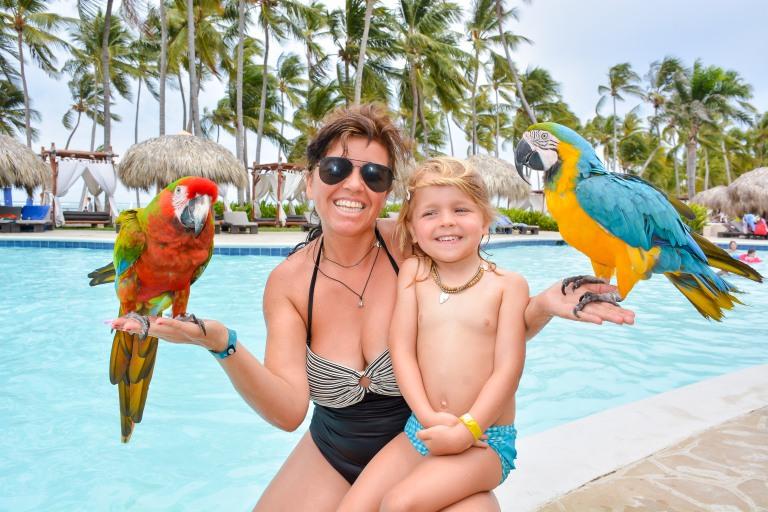MAN_2484_AM - Parrots Photos.jpg